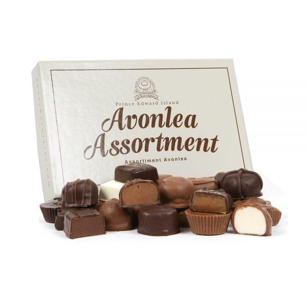Avonlea Cream large assorted 2